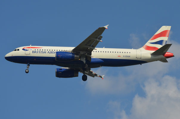 British Airways  G-EUUH --- A320-214