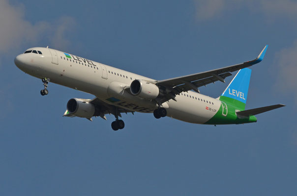 Level --- OE-LCP --- A321-211WL