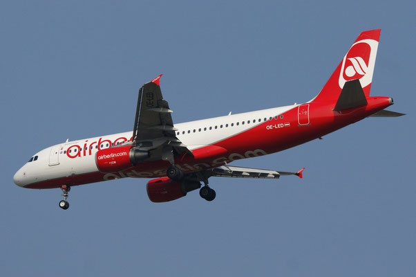 Air Berlin / Niki --- OE-LED --- A319-132