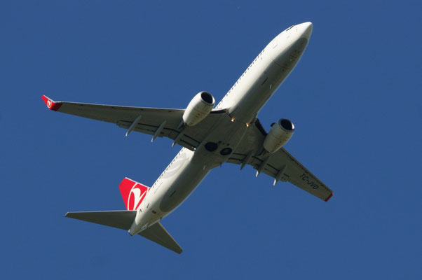 Turkish Airlines --- TC-JVD --- B737-8F2