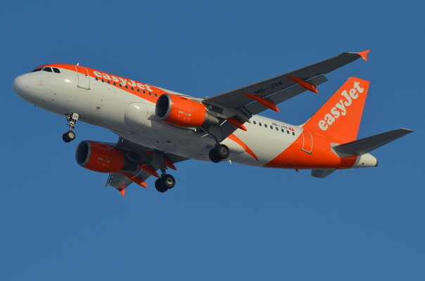 Easy Jet Switzerland --- HB-JYK --- A319-111
