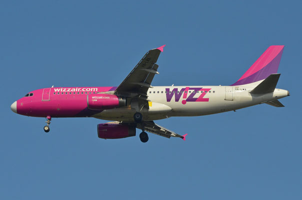 Wizz Air --- HA-LWA --- A320-232