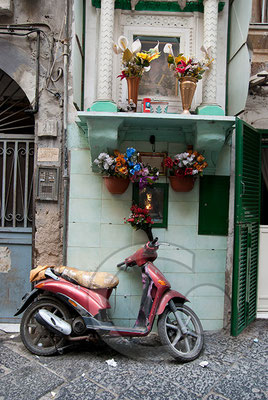 100908_0180 Neapel Vespa