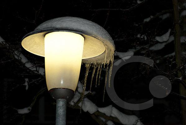101219_DSC0102 Laterne Eis Winter