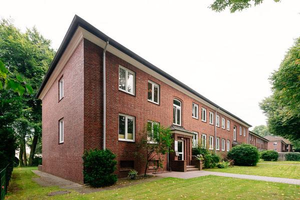 Die Fassade der Frauenarztpraxis Dr. Eva Nast in Hamburg Volksdorf