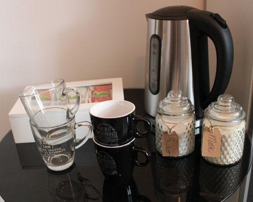 De koffie en thee staat voor u klaar bij Nagelstudio 33 in Barneveld