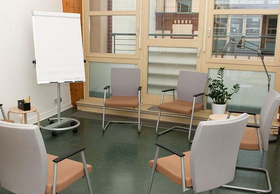 Die Räume sind gut geeignet für kleine und größere Gruppen.