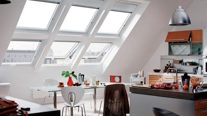 Les fenetres de toit Velux pour une cuisine lumineuse en Brabant Wallon