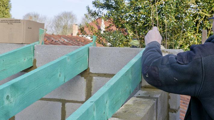 Réalisation d'une charpente pour une toiture en tuile à Waterloo