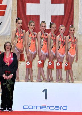 GOLD G1-2: Noëlle, Déva, Alina, Shana, Célia, Seraina (Foto: Marco Lauper)