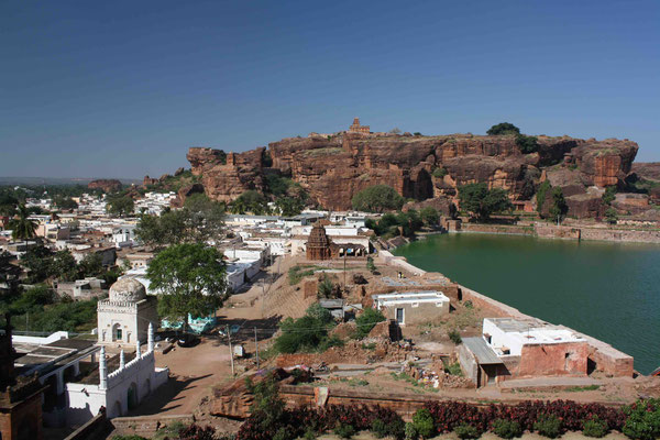Erste Station in Karnataka: Die spektakuläre Festungsstadt Badami