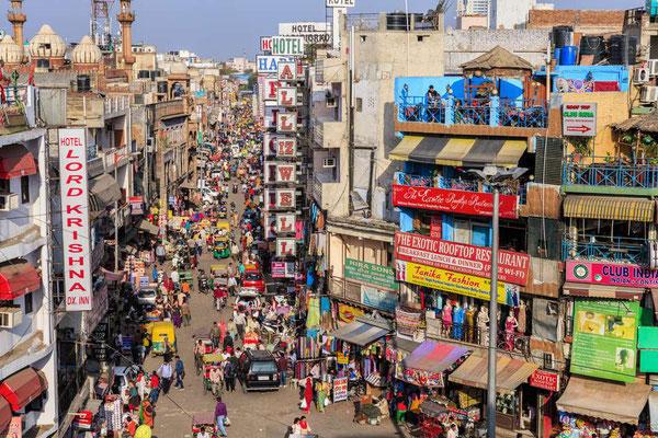 Und wie immer beziehen wir für die ersten Nächte Quartier im alten Maktviertel Pahar Ganj
