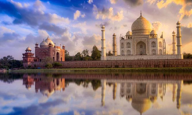Option 2: Statt nach Old Manali zu fahren kehren wir früher nach New Delhi zurück und besuchen das Taj Mahal