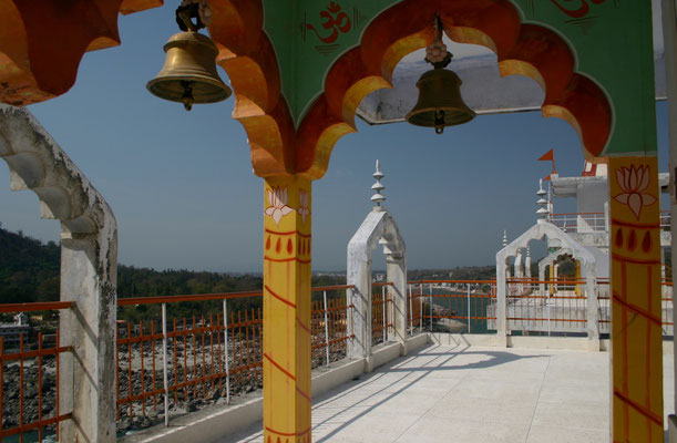 Wir finden Orte der Stille in den Tempeln des Hinduismus ...