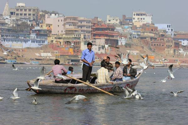 (1104) Promenade sur le Gange