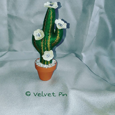 Kaktus aus Filz, ich glaube von Anita Goodesign