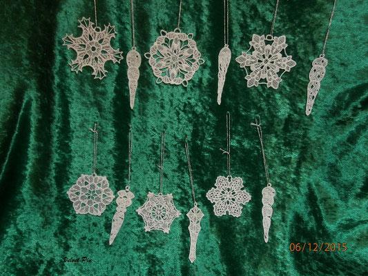 Eiszapfen und Schneeflocken von Embroidery Library