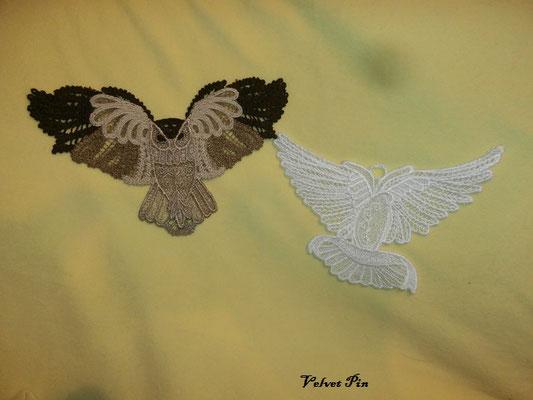 Eule und Taube von TM, bei der Taube kann man noch Datum oder Namen o.ä. einsticken