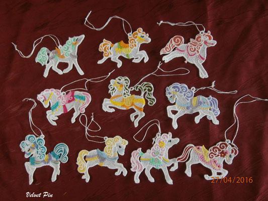 Zirkuspferde von Embhome