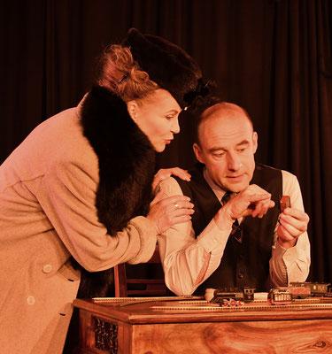 Julia Kempken und Stefan Rieger, Foto: James Lyall