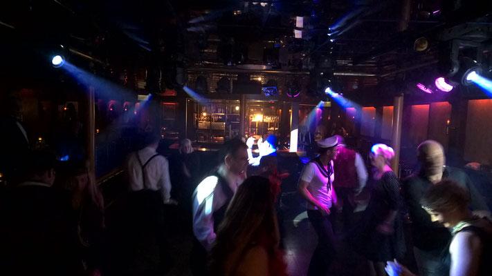 Tanzbetrieb in der DJ Area