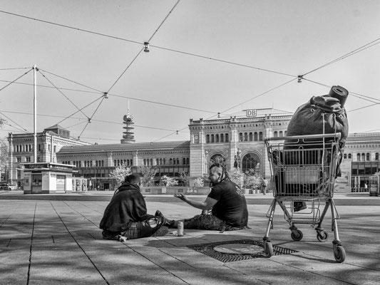 12. April - Ernst-August-Platz