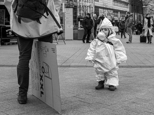 22.02.2020 Eine Anspielung auf die Corona-Pandemie, die bereits in Norditalien wütet?