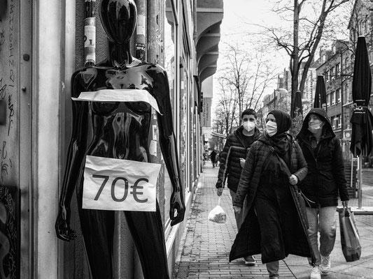 9. April - Geschäftsaufgabe in der Limmerstraße