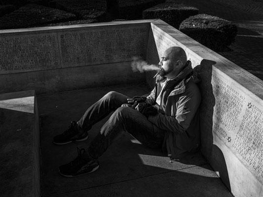 21.02.2020 Sphärische Klänge einer Kalimba ertönen am frühen Morgen aus dem Holocaust-Mahnmal