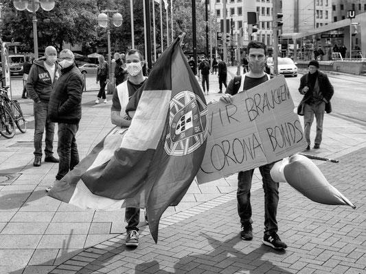 16. Mai -  Gegendemonstration am Steintorplatz