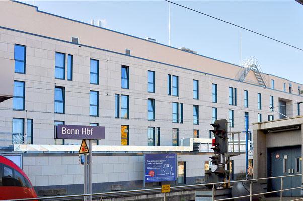 Neubau InterCityHotel Bonn, Ansicht Bahnseite