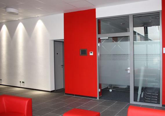Eine repräsente Verbindung, Oerlikon Textile GmbH & Co. KG, Remscheid, Zugang zum Besprechungsraum