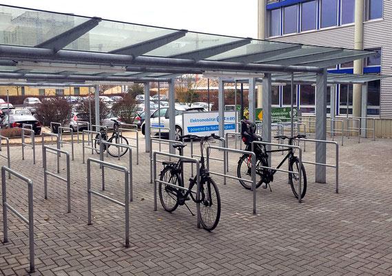 Erweiterung Hörsaalzentrum Hochschule Bonn-Rhein-Sieg, Fahrradunterstand