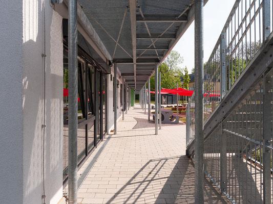 Neubau Kita Förderstraße in Essen, Blick unter den Balkon