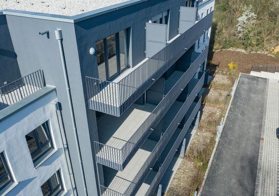 Neubau für gefördertes Wohnen in Kerpen-Horrem,Balkone Detail