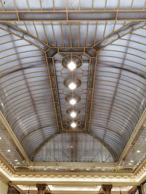 Verrière de galerie commerciale sur les Champs Elysées