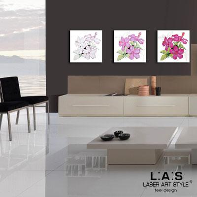 Quadri Floreali </br>  Codice: SI-102   Misura: 3pz 45x45 cm/cad </br>  Colore: bianco-decoro rosa-incisione legno