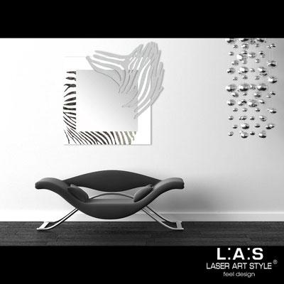 Mirrors </br> Code: SI-226-SP | Size: 97x100 cm </br>  Colour: white-silver-black engraving