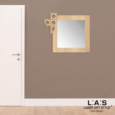 Specchiere </br> Codice: W-409 | Misura: 92x80 cm </br>  Colore: natural wood