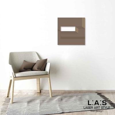 Quarantotto </br>  Codice: Q-019 | Misura: 48x48 cm </br> Colore: grigio marrone-incisione legno