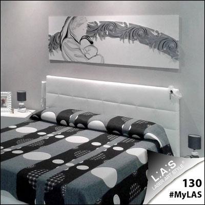 A casa di Gabriella <br> Abitazione privata | Italia </br> Codice: SI-234 | Misura: 180x60 cm </br> Colore: bianco - argento/decoro nero