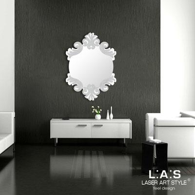 Specchiere </br> Codice: SI-248-SP | Misura: 64x87 cm </br>  Colore: bianco-argento