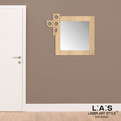 Mirrors </br> Code: W-409 | Size: 92x80 cm </br>  Colour: natural wood