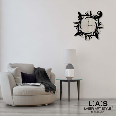 Wall clocks </br> Code: MG-246OR | Size: 60x60 cm </br> Code: MG-246OR-L | Size: 90x90 cm </br> Colour: grey wood-black-wood engraving