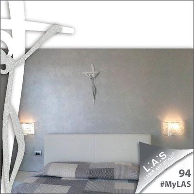Abitazione privata | Italia </br> Codice: CR28 | Misura: 31x62 cm </br> Colore: bianco - argento