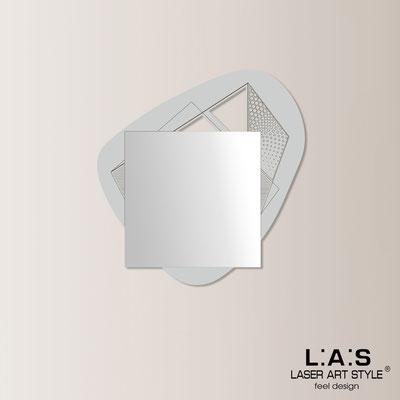 Specchiere </br> Codice: SI-374 | Misura: 86x90 cm </br>  Colore: grigio luce-incisione legno