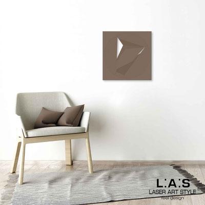 Quarantotto </br>  Codice: Q-023 | Misura: 48x48 cm </br> Colore: grigio marrone-incisione legno