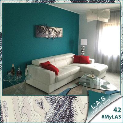 A casa di Luigi e Mariangela <br> Abitazione privata | Italia </br> Codice: SI-106 | Misura: 148x60 cm <br> **PERSONALIZZATO** Colore: sabbia - applicazione grigio marrone