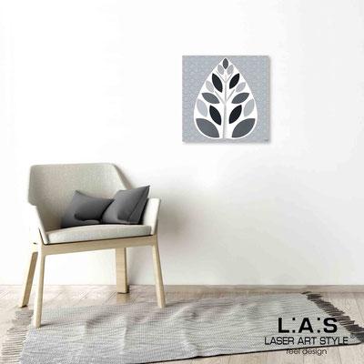 Quarantotto </br>  Codice: Q-007 | Misura: 48x48 cm </br> Colore: decoro grigio-incisione legno