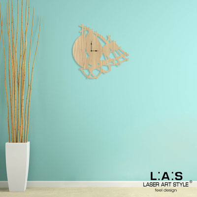 Wall clocks </br> Code: W-404 | Size: 65x65 cm </br> Colour: natural  wood